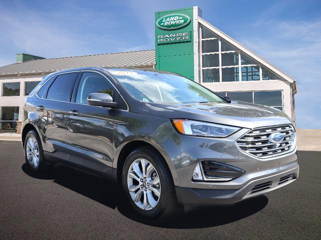 Pre-Owned 2019 Ford Edge Titanium FWD
